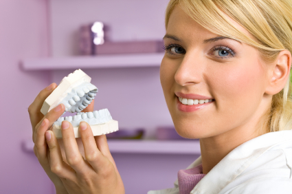 Cosmetic Dentist Treatment Birmingham - Tooth Whitening, Veneers, Crowns and Dental Implants