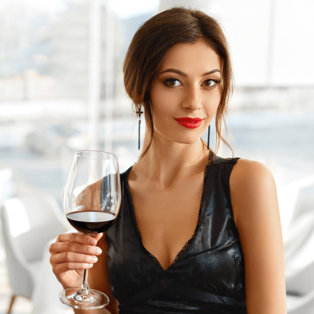 teeth-staining-red-wine